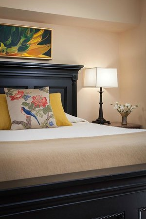 Woodley Park Guest House: Tasteful Guest Suites