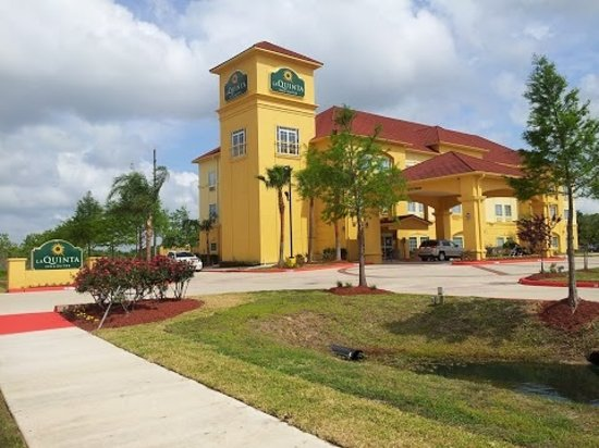 Photo of La Quinta Inn & Suites Pearland