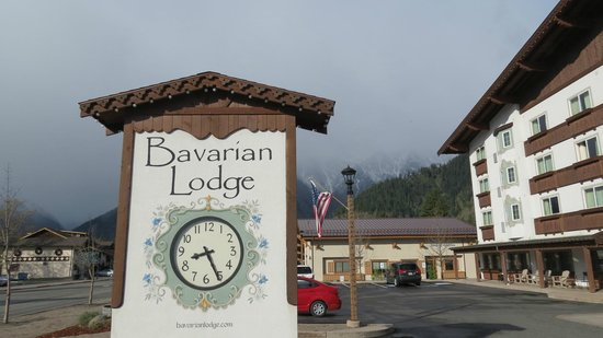 Bavarian Lodge: Main entrance