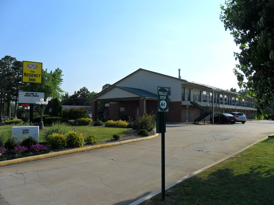 Regency Inn