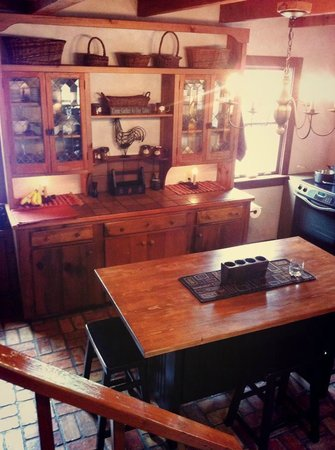Cottonwood Inn: Kitchen