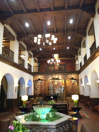 Hotel Andaluz : View of lobby area 