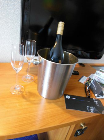 Inntel Hotels Amsterdam Centre : our honeymoon gift 