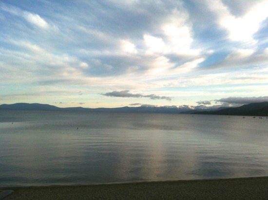Tahoe Lakeshore Lodge and Spa: vue