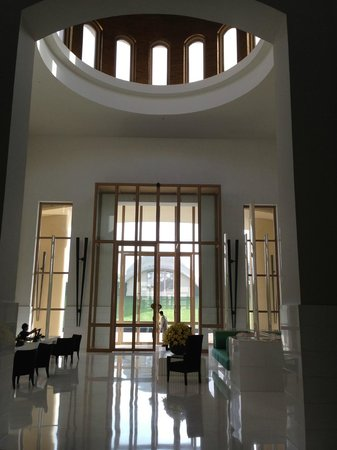 Trident, Gurgaon: Minimilist reception
