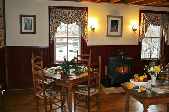Arlington, VT: Dining Room