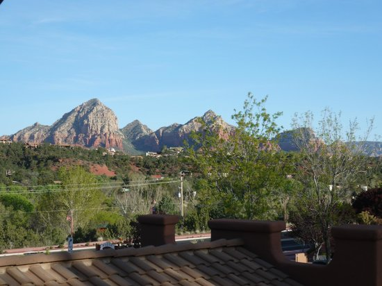 Kings Ransom Sedona Hotel: La vue depuis la salle du petit-djeuner/restaurant.