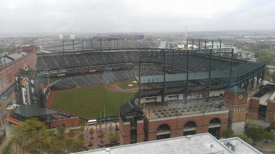 Hilton Baltimore: view of ballpark from executive lounge on 18th floor