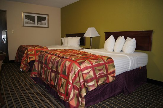 Chillicothe, OH: Double Bed Guest Room 2013