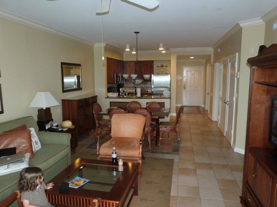 Hyatt Windward Pointe: Living
