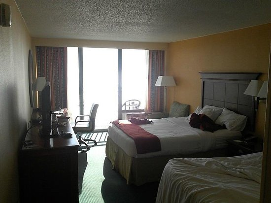 Holiday Inn Express Hotel & Suites Virginia Beach Oceanfront: Room 2