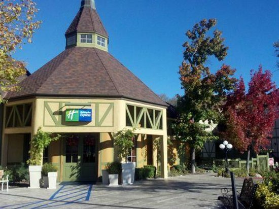 holiday inn express solvang ca hotel reviews tripadvisor. Black Bedroom Furniture Sets. Home Design Ideas