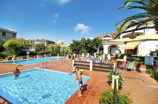 Diano Sporting Apartments
