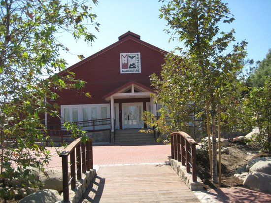 Santa Paula, CA: Agriculture Museum