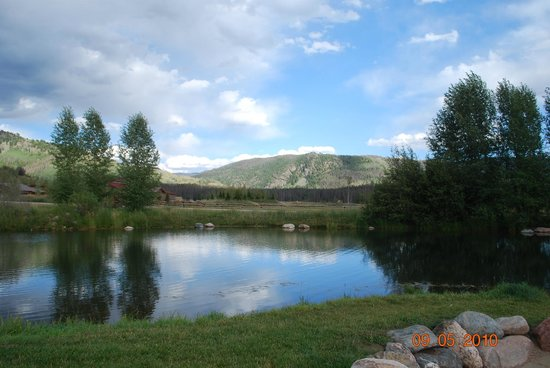 Clark, CO: The view from the outdoor dining area