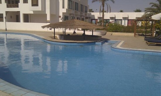 All Seasons Badawia Sharm Resort: View around the pool