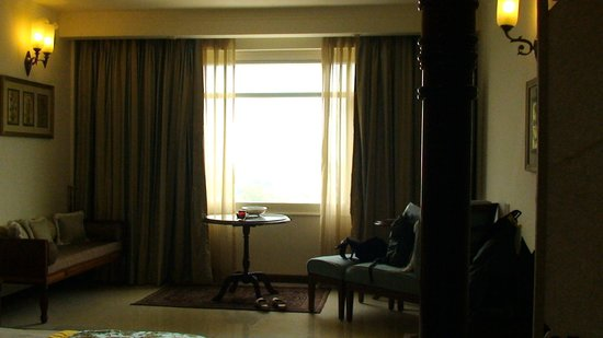 The Gateway Hotel, Agra: salottino vista monumento