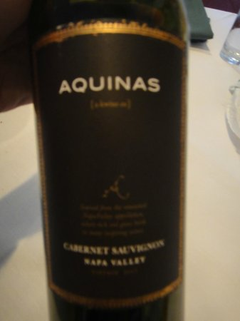 Newtown, PA: Aquinas wine