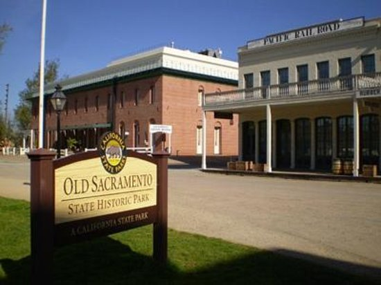 Delta King: Old Sacramento State Historic Park