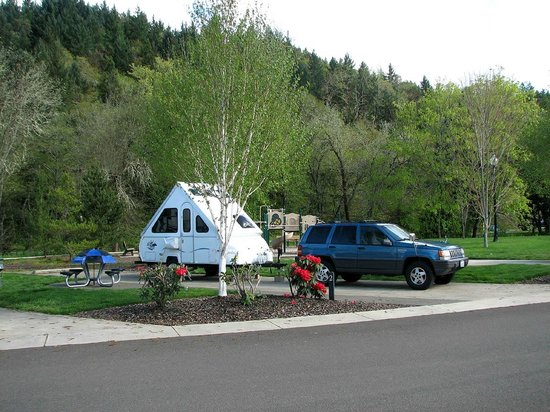 Canyonville, OR: Beautiful Setting for an RV Adventure