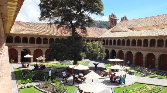 Hotel Monasterio by Orient-Express: Main courtyard - enjoy breakfast here if you like