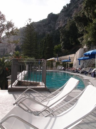 Grand Hotel Convento di Amalfi: The pool area - quite spectacular