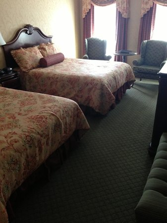 Fulton Steamboat Inn: Bedroom