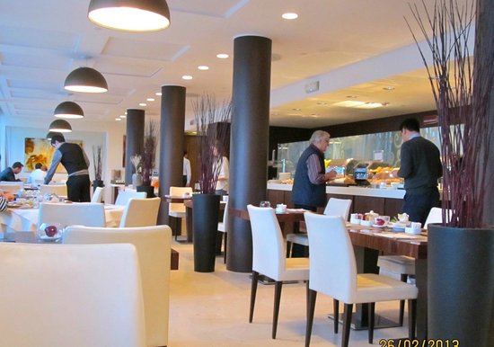 Crowne Plaza Hotel Milan City: Breakfast Room on the first floor