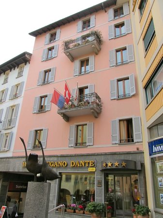 Lugano Dante Center Swiss Quality Hotel: The front of the hotel