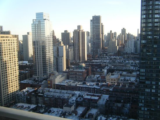 Marmara Manhattan Hotel: From our 30th floor apartment looking south