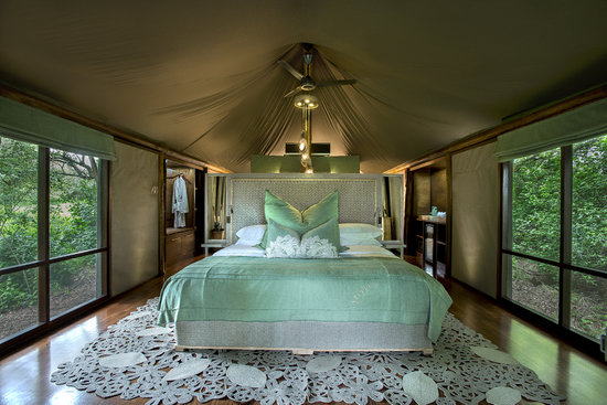 ‪andBeyond Ngala Tented Camp‬