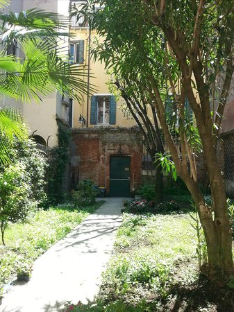 3749 Ponte Chiodo: Garten