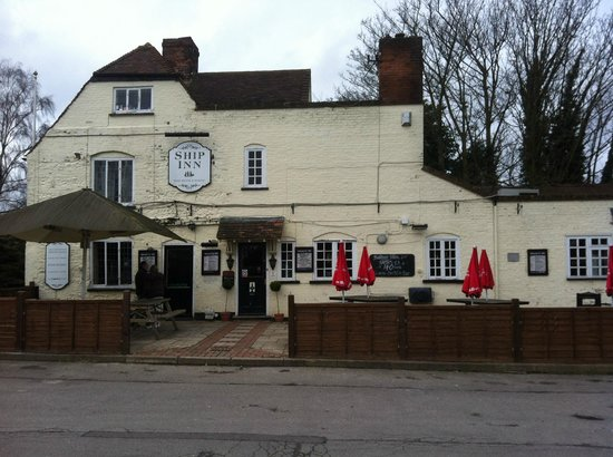 Cobham, UK: The Ship Inn