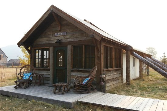 "Philipsburg, MT: Our Canvas Cabin ""Apache"""