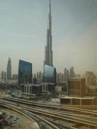 Dusit Thani Dubai Hotel Deluxe Room Bed And Breakfast