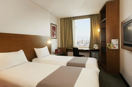 Ibis Salmiya: Twin room