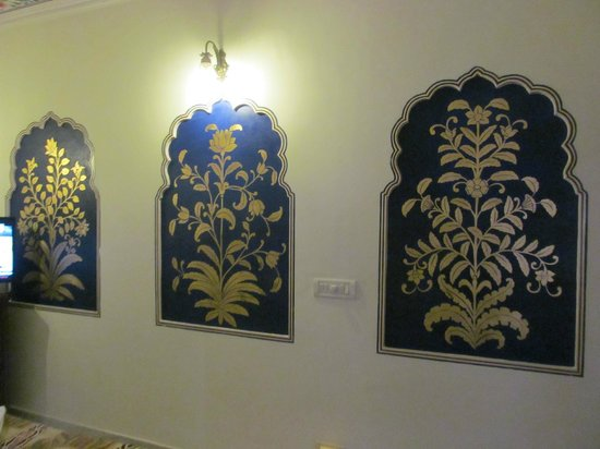 Hotel Pearl Palace : Room wall