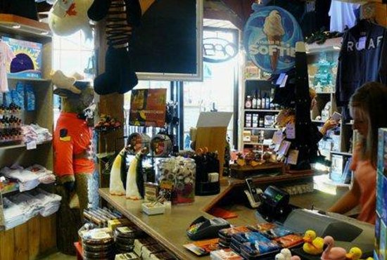 Blue Mountains, Canada : Store Interior