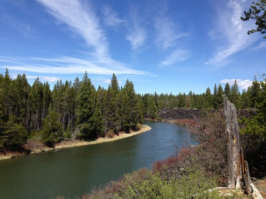 Sunriver Resort: Bike trail along Deschutes