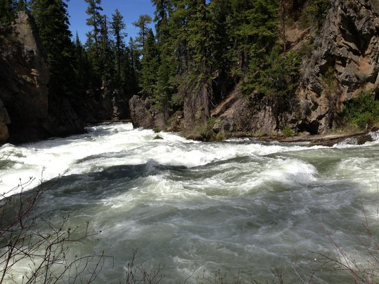 Sunriver Resort: Benham falls