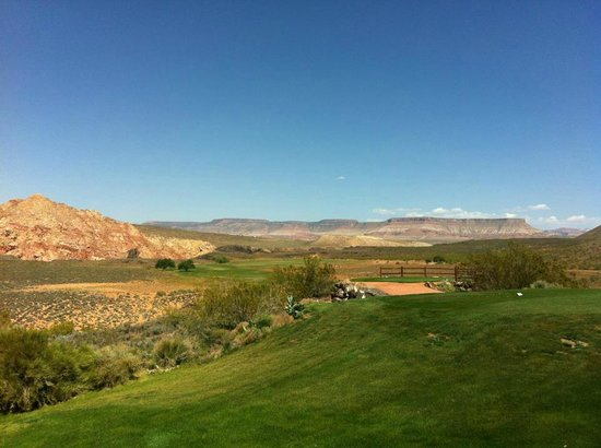 Hurricane, UT: Looking back at 18 tee box