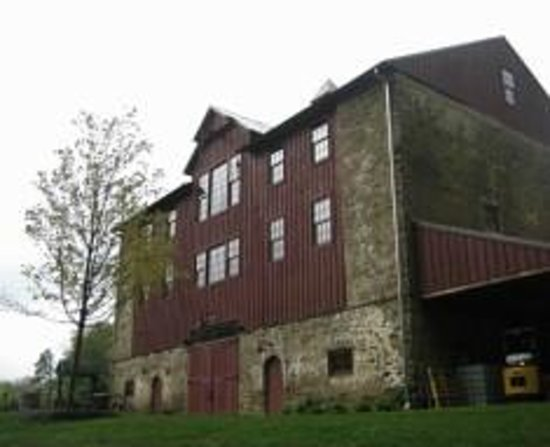Glen Mills, PA: Barn - Events & Wine Tastings