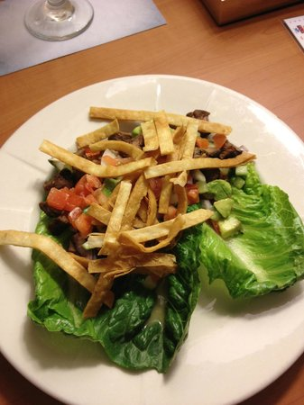 "Embassy Suites Hotel Nashville at Vanderbilt: Unedible steak ""salad"""