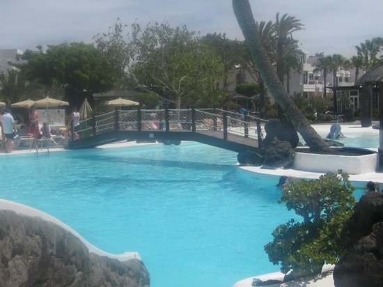 H10 Lanzarote Gardens: nice big pool