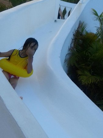 The Fajardo Inn: pool slide