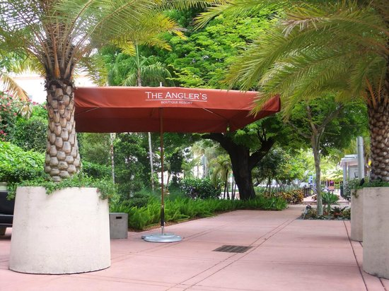 The Angler's Boutique Resort : Front entrance