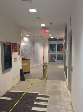 Hampton Inn Manhattan / Times Square South : Entrance 
