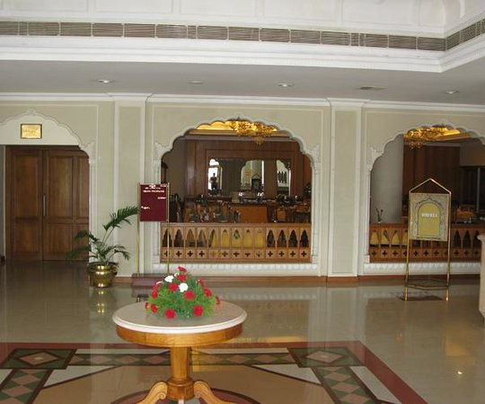 Abad Airport Hotel: lobby