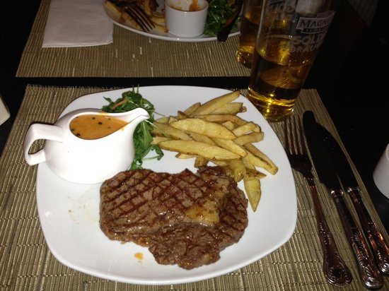 West Bridgford, UK: Steak and chips!