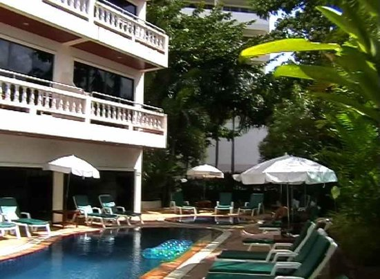 Patong Beach Lodge Phuket: Klein aber fein